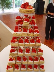 strawberry cakes tower